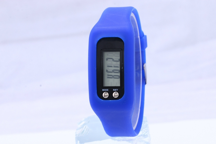 Led Multifunction fashion movement Pedometer Hand ring table Silica gel gift Watch blue