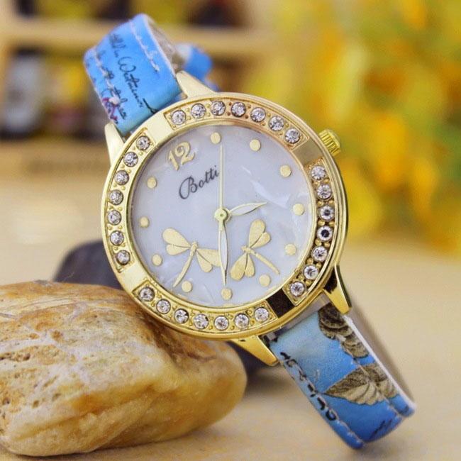 Retro Dragonfly Diamond Striped Watch Ms Fashion Trend Leisure Watch blue