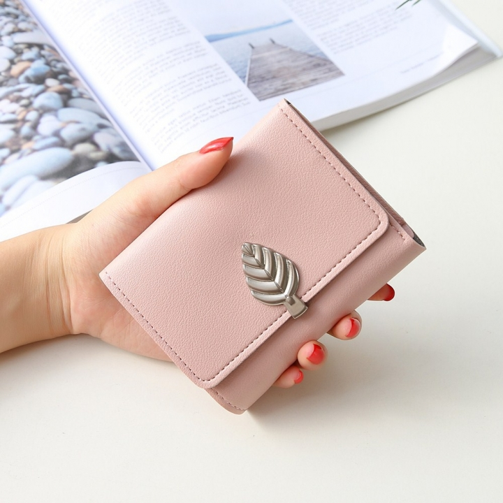 Ms Small Wallet Short Section Thin Section Soft Skin Buckle Student Wallet Folding Wallet ligth pink one size