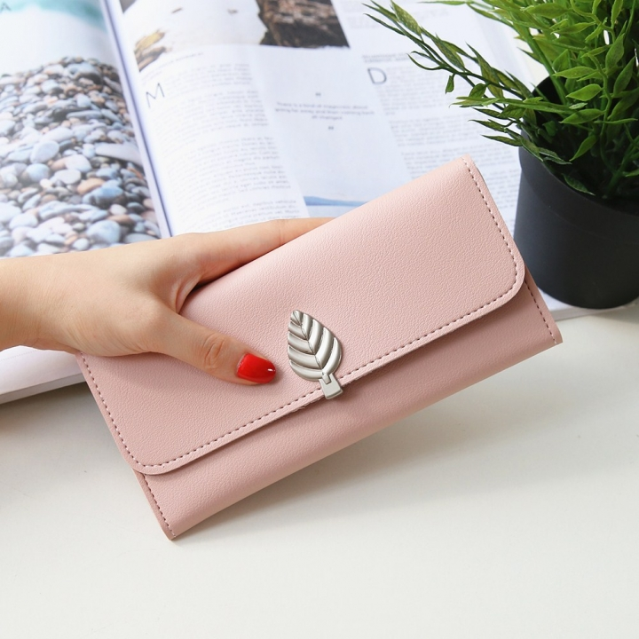 The New Wallet Long Section Simple Leaves Buckle Three Fold Female Wallet High Capacity Hand Bag ligth pink one size