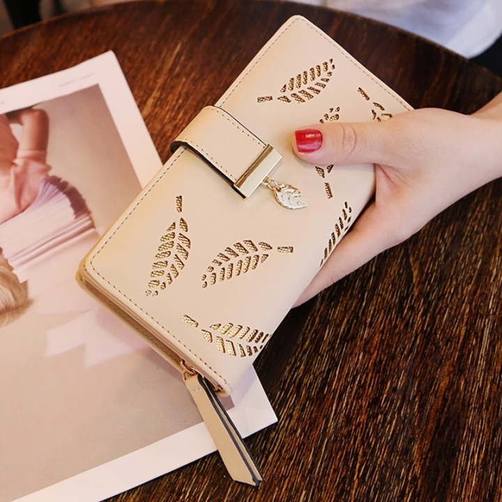 Ms Wallet Long Section Fashion Hand Bag Hollow Leaves Zipper Buckle Wallet Card Pack khaki one size