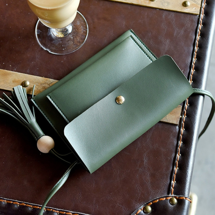 The New Lady Bags Trend Shoulder Bags Tassel Messenger Bag Leisure Mini Packet green one size