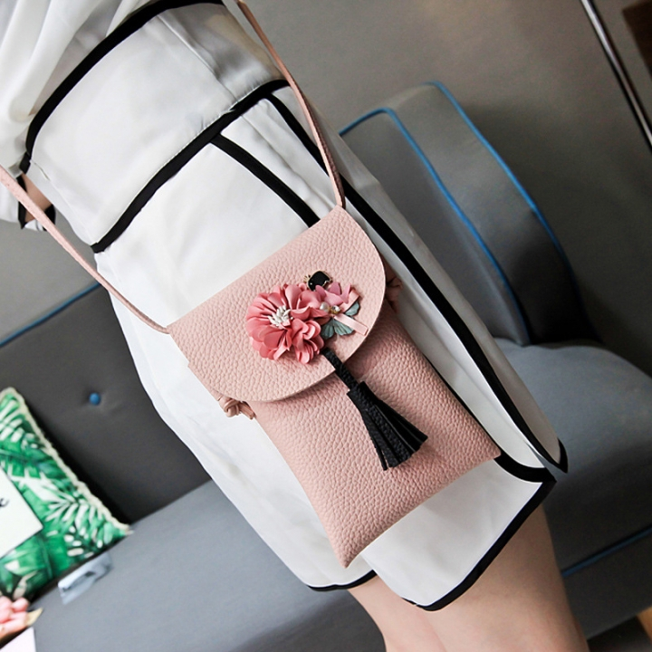 The New Lady bags Shoulder Bags Simple fashion Mobile phone bag Retro Ms Messenger bag pink one size