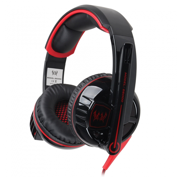 Computer Wearing Style Anti-noise Hyun Lights Glowing Stereo Gaming Game Headset black and red