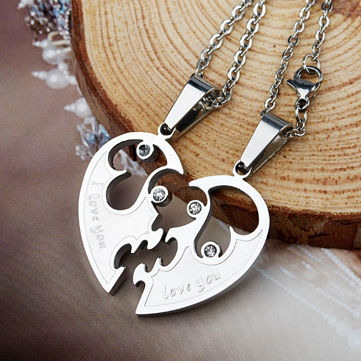 fashion Pure steel necklace Puzzle Heart-shaped  Titanium steel Couple necklace white blue one size