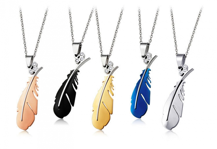 The New Pure Steel Necklace Titanium Steel Fashion Feather Pendant Couple Necklace black one size
