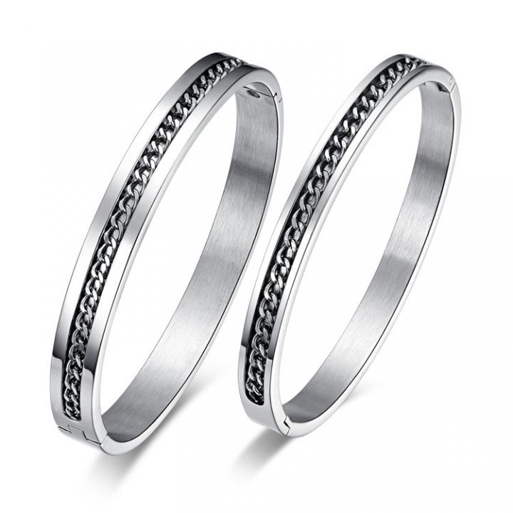 The New Fashion Simple Bracelet With Chain Titanium Steel Couple Bracelet silver ms