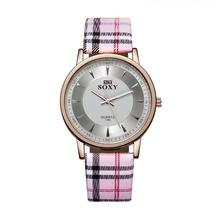 Fashion Ms Stripe Belt Watch Simple Scale Lattice Quartz Watch pink white
