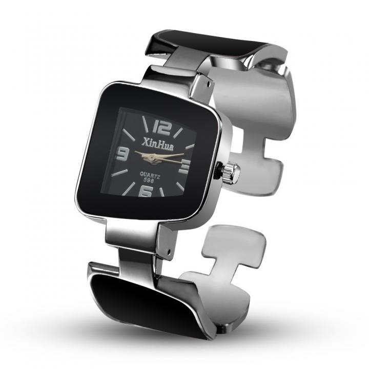 Ms Leisure Creative Diamond Bracelet Watch Upscale Fashion Quartz Watch black