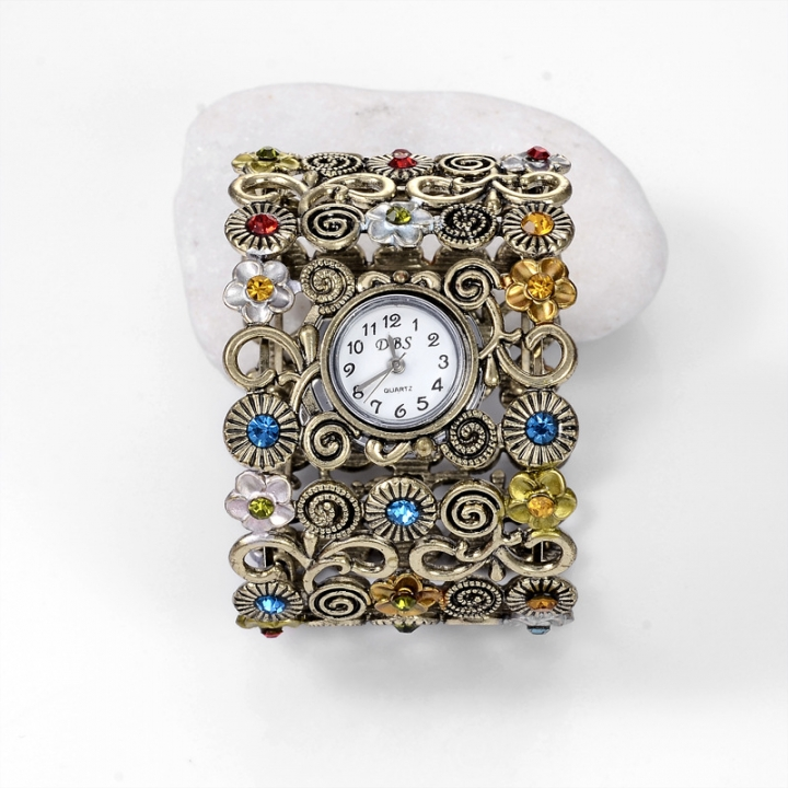 Ancient Rome bracelet Watch Bronze Flowers diamond Retro Broadband Watch color