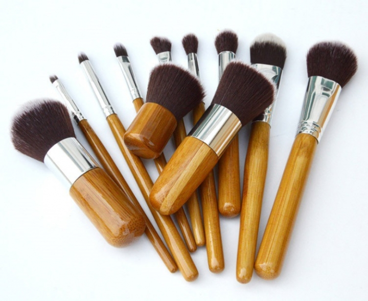 Ms Fashion Personality 11 Branches Bamboo Handle Makeup Brush Set Bamboo Handle Make-up Tool 11 colors