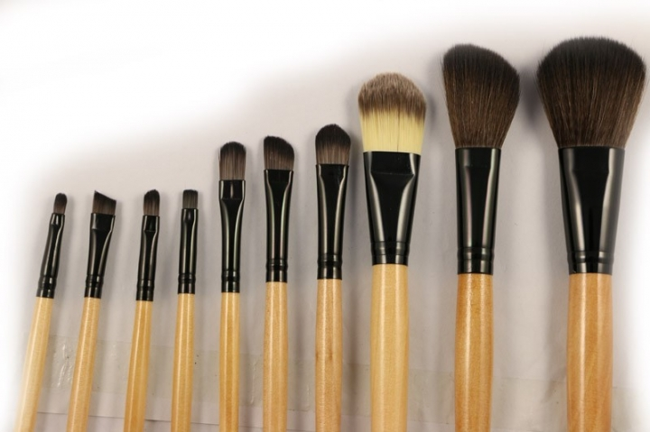 Ms Fashion Makeup Tools 15 Branches Wood Color Black Makeup Brush Set Wood color