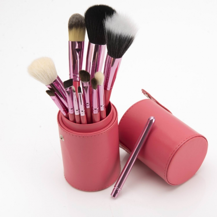 Ms Fashion 12 Makeup Brushes Makeups tool  Makeup Brush 12 Makeup Brushes Set Cylinder rose red