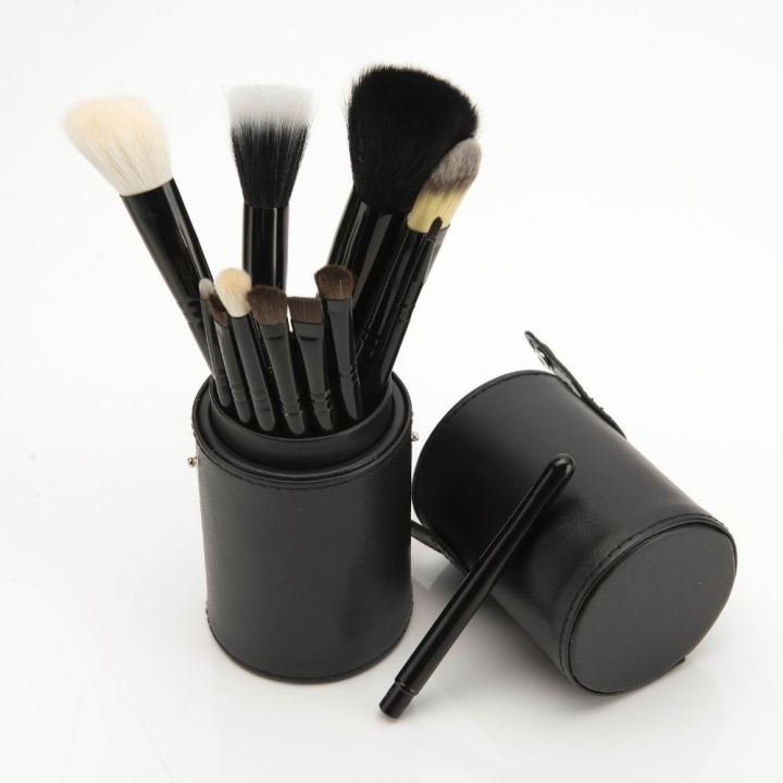 Ms Fashion 12 Makeup Brushes Makeups tool  Makeup Brush 12 Makeup Brushes Set Cylinder black