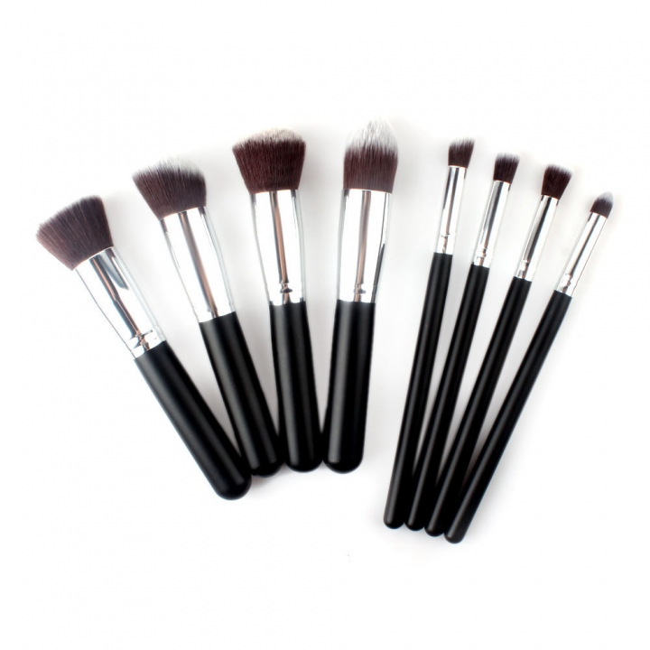 The New 8 sticks Black Handle Silver Tube Makeup Brush Set Ms Makeup Artist Makeup Tools black