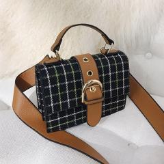Ms Shoulder Diagonal Handbag Fashion Trend Simple Wild Lattice Small Party Package black one size