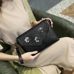 Ms Hand Bag Wild Rivets High Capacity Personality Envelope bag Shoulder Diagonal Package black one size