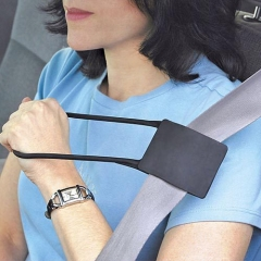 Creative Car Auxiliary Supplies Seat belt Auxiliary Handle ring