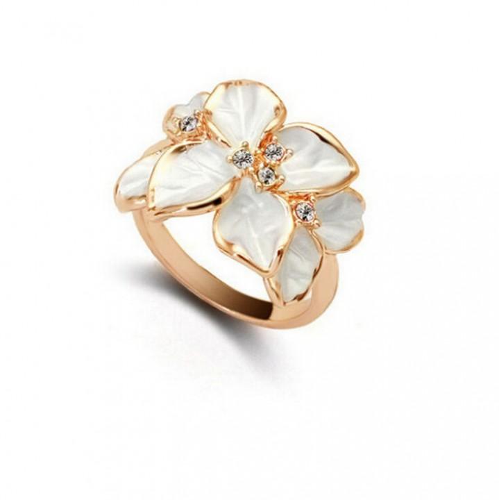 HN Brand-1 piece/Set New Beautiful Gardenia flowers Diamond Metal Rings Women Jewellery Christmas White diameter:1.7cm