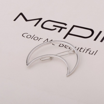 HN Brand-1 piece/Set New Triangle moon Alloy Hairpin For Women Hair Jewellery Accessories Gift silver moon one size