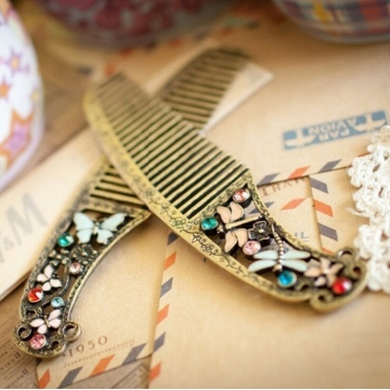 HN-1 piece/Set New palace comb Butterfly Dragonfly comb hair process comb For Women Hair Jewellery Butterfly one size