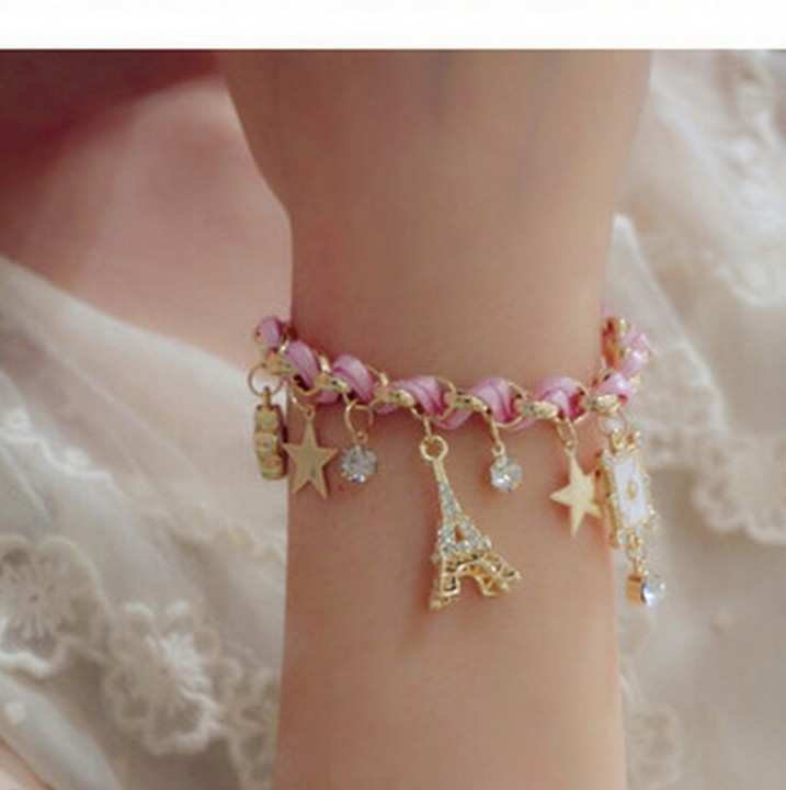 HN-1Pcs/Set New FashionFive pointed card Five flower Metal Bracelets Bangles Women Jewellery Gift Pink Red as picture