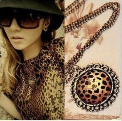 HN-1 piece/Set New Fashion Retro leopard print faceted faceted anti Crystal Necklace ornament gold as picture