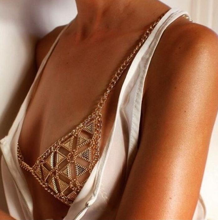 HN-1 piece/Set New Fashion Exaggerated triangle body chain wholesale Retro bra Necklace Women gold as picture