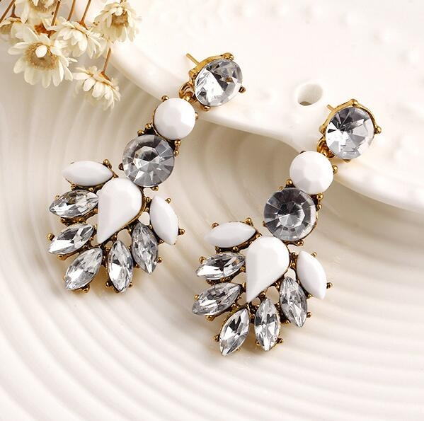 HN-1 Pair/Set New Fashion Bohemia wind Diamond Beads Stud Drop Earrings For Women Jewellery Gift white as picture
