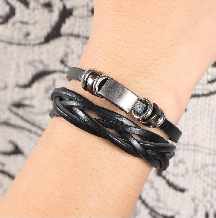 HN-1 Piece/Set New Metal Vintage male leather Bracelets Bangles Women Men Jewellery Black as picture