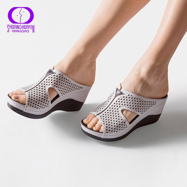 2a735c83e4ee86 AIMEIGAO Summer Platform Heels Women Slipper Shoes Soft Comfortable Outside  Slippers Sandals Thick white 6.5  Product No  2177042. Item specifics   Brand