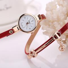 Women Metal Strap Wristwatch Bracelet Quartz watch  Female Fashion red one size
