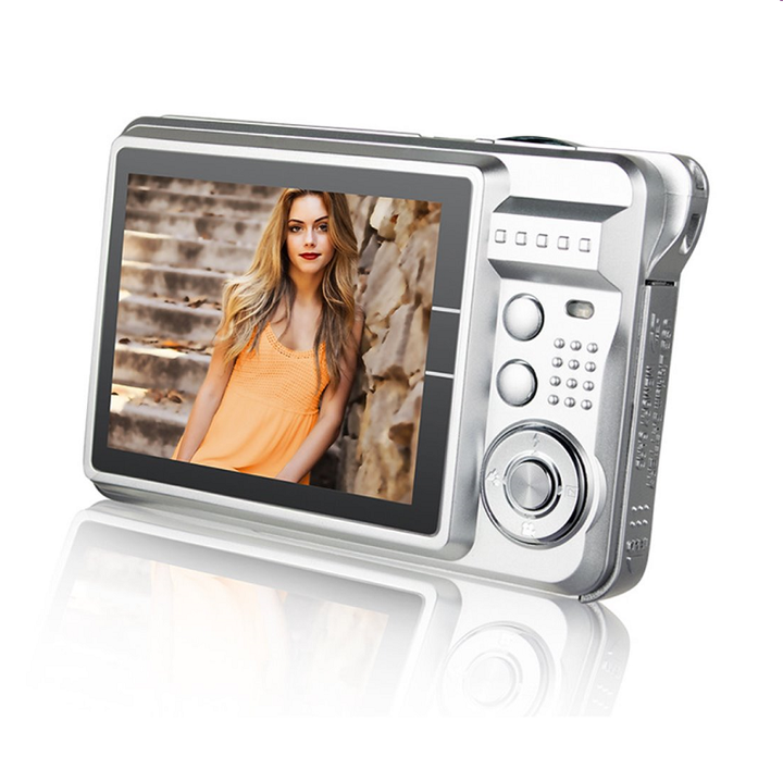 "2.7"" LCD Screen 18.0 MP HD Digital Camera Video camera Silver one size"
