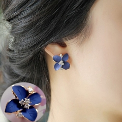 New Elegant noble blue flower ladies gold rhinestone stud earrings Pierced Earrings Brinco women blue one size