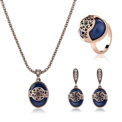 Explosive retro necklace earrings ring three-piece alloy fashion jewelry set (Ancient Gold) one size
