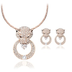 Fashion wild luxury texture round leopard head full of exaggerated necklace earrings jewelry (color: as shown) one size