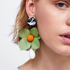 Explosive fashion creative floral earrings (green) one size