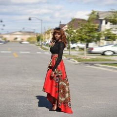 The long flowing skirt of African women's fashion before fashion gules S