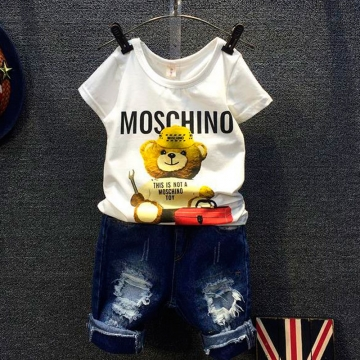Boy suit 2017 new watermark moskino bear short sleeve T-shirt ripped jeans two pieces white 110cm