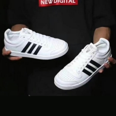 In 2017, the latest boys and girls classic low-help casual pair shoe shoes black 36