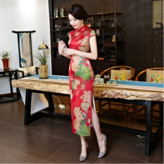 The new China embroidered long qipao dress is a high-end luxury v-neck dress dress 910 XXXL