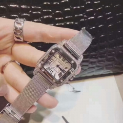 Exclusive sale of ladies diamond watches Elegant performance of girls favorite watches picture