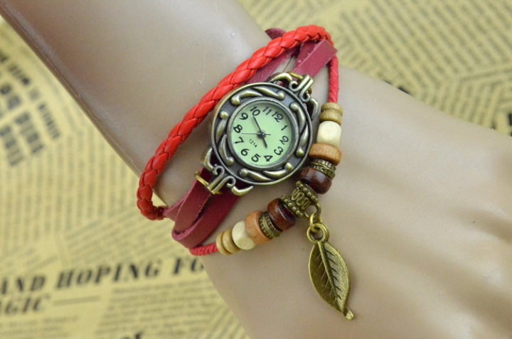 handwoven vintage watch hand-knitted vintage women's bracelet watch red