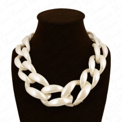 Popular Exaggerated Acrylic Colored Woven Necklace Accessories pearl white onesize