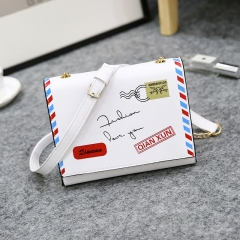 The New Fashion Slant Bag Chain Small Package Shoulder Bag white one-size