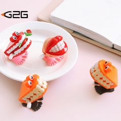 G2g 1piece Cartoon lips tooth hair toy children baby A toy that you can jump
