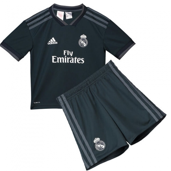 the latest b43b2 b1d60 The New 2018-2019 Kids/Children Real Madrid Away Kit REPLICA Football  Jersey & Short Away #28 (14-15 years) Polyester