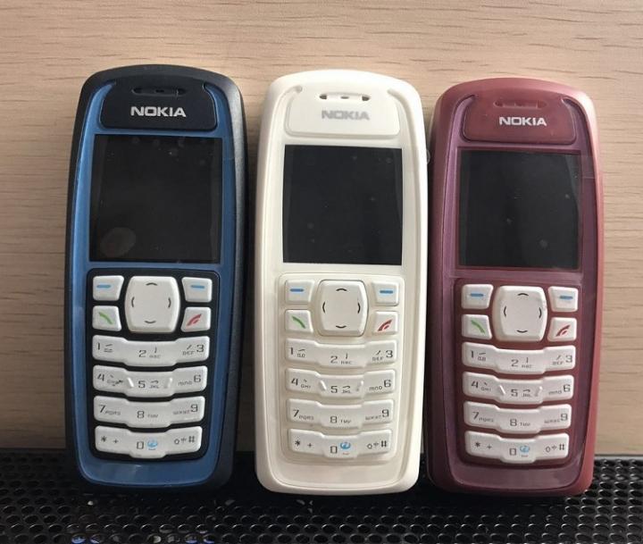 Original Unlocked Nokia 3100 GSM Bar 850 mAh Cheap Cellphone mobile phone  blue