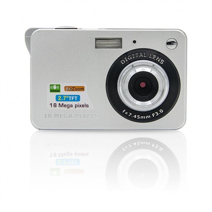 "18 Mega Pixels 2.7"" LCD Rechargeable HD Digital Camera,Video camera Digital Students cameras sliver one size"
