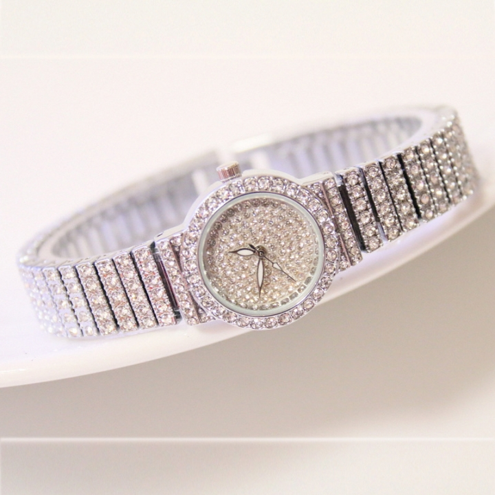 Women Watches Women Brand Luxury Casual Quartz Watch Female Ladies Watches Women Wristwatches silver
